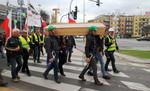 Windhunter zeigt Flagge für die Windenergie in Polen