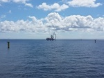 Offshore-Windpark Sandbank - erste Windenergieanlage steht