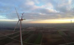 Sauberer Strom für 15.000 Haushalte: Der Windpark Gollenberg in Rheinland-Pfalz (Foto: Jens Christian Berger).