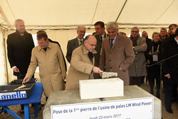 French Prime Minister, Bernard Cazeneuve, helped lay the first stone at LM Wind Power's new blade factory in Cherbourg, Normandy, France. (Photo: Eric.BIERNACKI, Region Normandie)