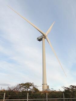 The new 66.5 meter offshore blades on Hitachi's 5.2MW wind turbine. (Photo courtesy: Hitachi Ltd.)