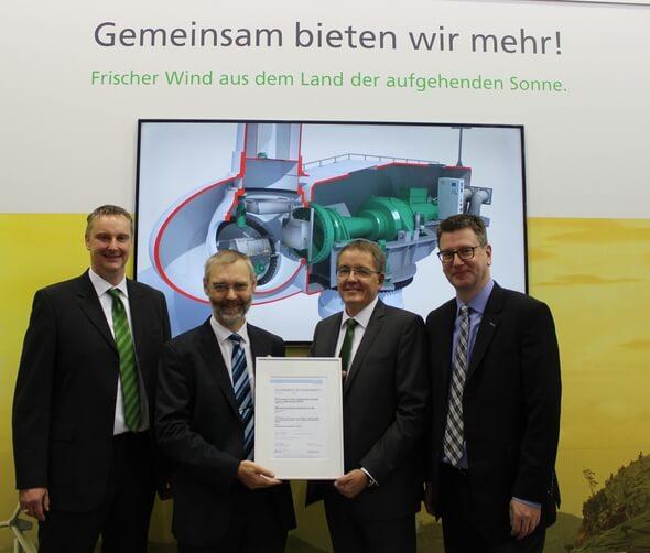 Reinhard Schleeßelmann, Mike Wöbbeking, Ronald Horstjan und Heiko Jungermann* (Bild: SSB Wind Systems)