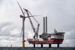 Erste Windkraftanlage im Trianel Windpark Borkum II errichtet