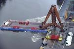 Erste Tripode in Bremerhaven verladen