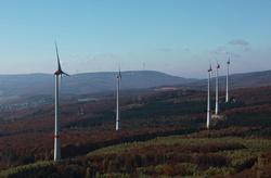 Ist nun um zwei Anlagen vom Typ General Electric (GE) 2.5-120 reicher: Der Windpark Waldalgesheim verfügt nun über eine leistung von 17 Megawatt.