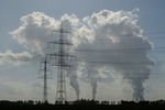 Thanks in part to wind, global carbon emissions stall in 2014