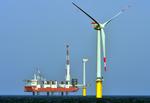 "Trianel Windpark Borkum ""Bergfest"" auf See"