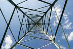 Realisierung der Stromverbindung zwischen Dänemark und Deutschland rückt näher: Der erste Mast im Abschnitt Audorf-Hamburg/Nord steht