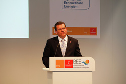 Kommissions-Vizepräsident Šef?ovi? auf dem Forum Erneuerbare Energiewirtschaft auf der Hannover Messe 2015