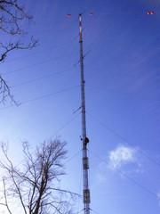 In den kommenden Tagen wird in Tauberbischofsheim ein 102 Meter hoher Windmessmast errichtet, der die örtlich vorherrschenden Windverhältnisse genau erfassen wird.