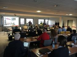 """Gespanntes Zuhören bei einem der äußerst interessanten Vorträge zum Thema """"Arbeitssicherheit und Gesundheitsschutz"""" in der Windindustrie beim Offshore-Workshop 2016 in Rostock"""