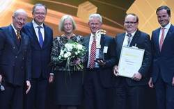 Hermes Award-Jury: Prof. Wolfgang Wahlster, Stephan Weil, Prof. Dr. Johanna Wanka, Dr.-Ing. E.h. Manfred Wittenstein, Thomas Bayer sowie Dr. Jochen Köckler