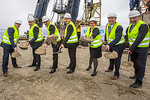 Hochbau-Start beim Siemens Offshore-Windturbinenwerk in Cuxhaven