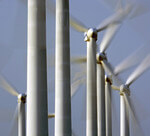 Minister Pegel auf internationaler Messe WindEnergy in Hamburg