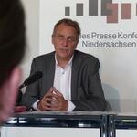 Wenzel: Stromnetzbau muss effizienter werden