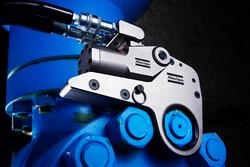 Hydraulische Schraubwerkzeuge für Drehmomente bis zu 70000 Nm sowie hydraulische Vorspannzylinder mit Kräften bis über 2600 kN kann man bei Atlas Copco jetzt auch mieten. Die Ausrüstung ist im Notfall am selben Tag vor Ort. (Bild: Atlas Copco Tools)