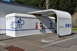 """Unter anderem ist in das Forschungs- und Technologiezentrum eine """" Blve Ring Station """" für das Laden von Elektrofahrzeugen integriert. (Foto: Ormazabal)"""