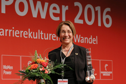 Herna Munoz-Galeano, Geschäftsführerin der HMG System Engineering GmbH, ist die Engineer Powerwoman 2016 (Bild: Deutsche Messe AG)