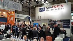 Auch in diesem Jahr rechnet Seaports mit zahlreichen Fachbesuchern am Messestand auf der Breakbulk Europe 2017 in Antwerpen (Bild: Seaports)