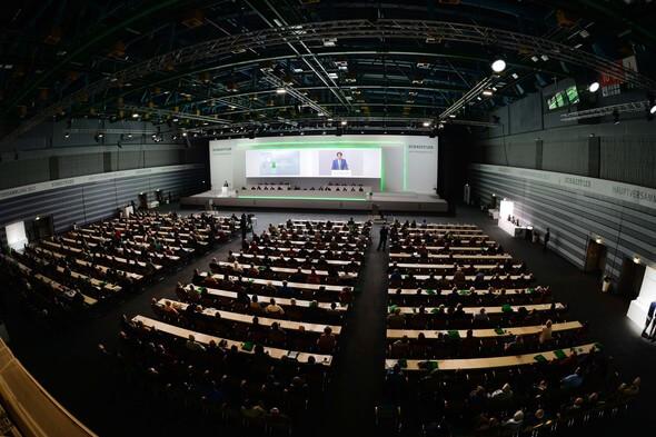 BU: Klaus Rosenfeld, Vorsitzender des Vorstands, bei seinem Bericht anlässlich der Hauptversammlung der Schaeffler AG in der Nürnberger Frankenhalle.