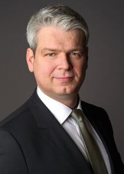 Dr. Dirk Kesselgruber übernimmt zum 1. Oktober 2017 die Leitung des Unternehmensbereiches Fahrwerksysteme der Schaeffler Gruppe.