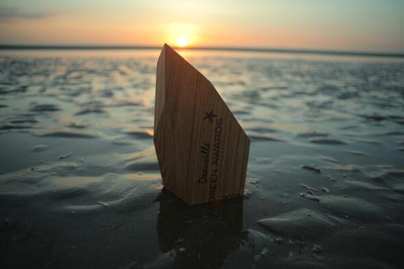 """Schaeffler wurde bei den Deauville Green Awards für die Videoproduktion """"Trailblazers"""" um den Bio-Hybrid mit dem """"Golden Green Award"""" ausgezeichnet."""