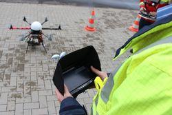 Drohnen können beispielsweise für Inspektionen genutzt werden (Bild: TÜV NORD)