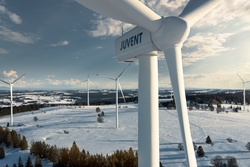 """Größter Schweizer Windpark JUVENT SA wird mit dem CMS """"Omega Guard"""" ausgerüstet. (Bild: BKW)"""