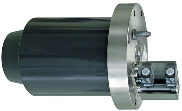 Das Verriegelungssystem Rotorlock wurde für die Anwendung bei Windkraftanlagen bis zu einer Nennleistung von 7 MW entwickelt. Es nimmt Querkräfte bis 7.500 kN auf (Foto: ROEMHELD)