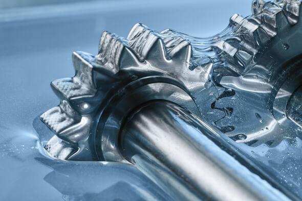 Die neuen Hydro Lubricants von Klüber Lubrication stellen eine Revolution in der Schmierstofftechnologie dar (Bild: Klüber Lubricants)