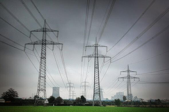 Energiewende braucht dringende politische Entscheidungen (Bild: Pixabay)