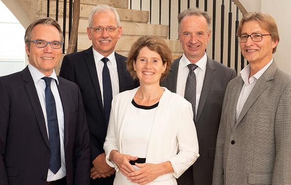 Der Aufsichtsrat der ABO Wind AG mit (von links) Josef Werum, Norbert Breidenbach, Eveline Lemke, Jörg Lukowsky und Dr. Uwe Leprich (Bild: ABO Wind)