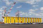 Einweihung Liegeplatz 4: Neue Umschlagskraft für Cuxhaven