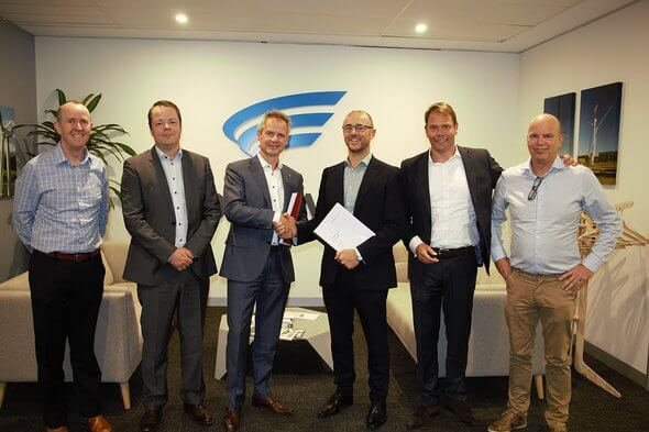The contract ceremony. Pictured from the left: Patrick Whelan - Goldwind, Martijn Roelants - Mammoet, Jan Kleijn - Mammoet, John Gardner – Goldwind, John Halfweeg - Mammoet, Vincent Vingerhoeds - Mammoet (Image: Mammoet)