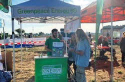 Infostand von Greenpeace Energy (Bild: Greenpeace Energy)