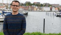 Er hat den Windenergieanlagen das Sehen beigebracht: Prof. Dr. David Schlipf lehrt und forscht seit dem Wintersemester am Windenergieinstitut der Hochschule Flensburg (Bild: Kristof Gatermann)