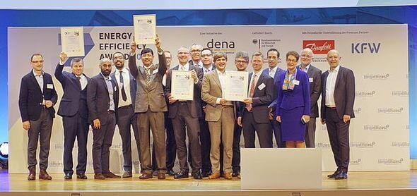 Die Verleihung des Energy Efficiency Award 2018 auf dem dena Energiewende-Kongress* (Bild: dena)