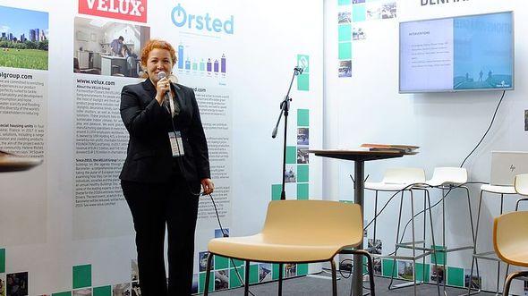 dena-Teamleiterin Carolin Schenuit bei der Vorstellung erster Ergebnisse des CREO am 12. Dezember 2018 auf der COP24 (Bild: Anders Hove (GIZ))