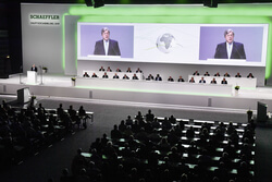 The 2019 annual general meeting of Schaeffler AG in Nuremberg's Frankenhalle. (Images: Schaeffler AG)