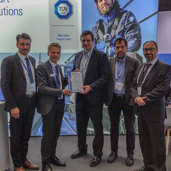 Certificate presentation at WindEurope in Bilbao* (Image: TÜV Süd)