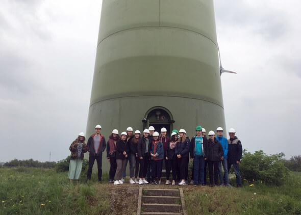 SchülerInnen des Johann-Conrad-Schlaun-Gymnasiums aus Münster zu Besuch bei wpd in Bremen (Foto: wpd)