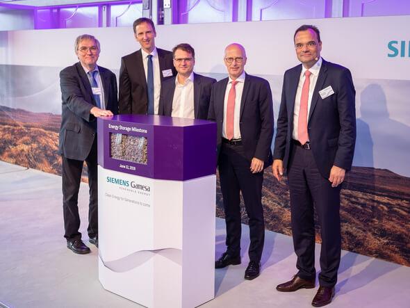Bei der Eröffnungszeremonie* (Bild: Siemens Gamesa)