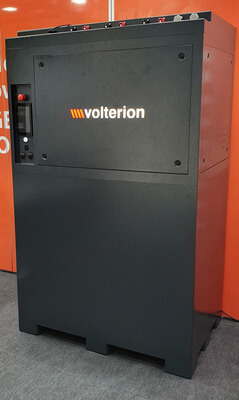 Innovative Redox-Flow-Batterietechnik in kompaktem Design für die Speicherung erneuerbarer Energien (Bild: Fraunhofer UMSICHT)