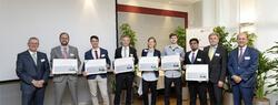 Sechs Nachwuchswissenschaftler wurden mit dem Innovation Award 2018 der Schaeffler FAG Stiftung für ihre herausragenden Arbeiten ausgezeichnet* (Bild: Schaeffler)