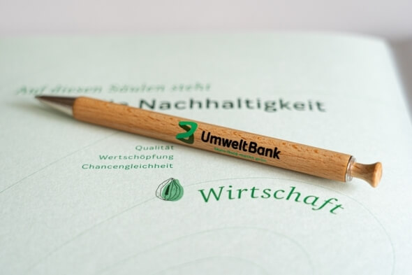 Nachhaltigkeit und Wirtschaftlichkeit gehen bei der UmweltBank Hand in Hand. (Bild: UmweltBank)