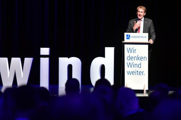 Ministerpräsident Günther eröffnet HUSUM Wind 2019 (Bild: Husum Messe)