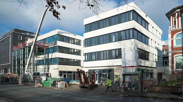 """Das neue Bürogebäude wurde ganz im Sinne von """"New Work"""" geplant und bietet ab 2020 mehr als 100 Dörken Mitarbeitern einen zukunftsgerechten Arbeitsplatz (Bild: Dörken)"""