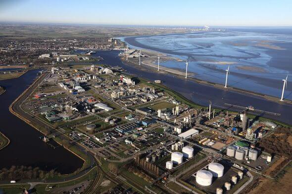 Chemical Park Delfzijl with Eemshaven at the back (Image: Groningen Seaports)