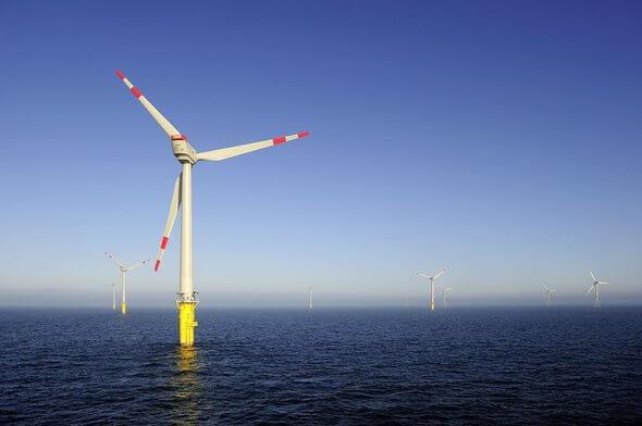 Ein Panorama des Windparks alpha ventus (Bild: DOTI 2010 / alpha ventus)