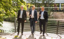 Das Vorstandsteam der UmweltBank: Stefan Weber, Jürgen Koppmann, Goran Baši? (v.l.n.r.) (Bild: UmweltBank)
